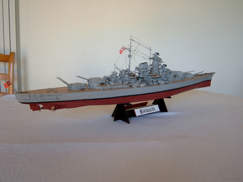 Cuirassé Bismarck 1.350ème - Tamiya 8_bism10