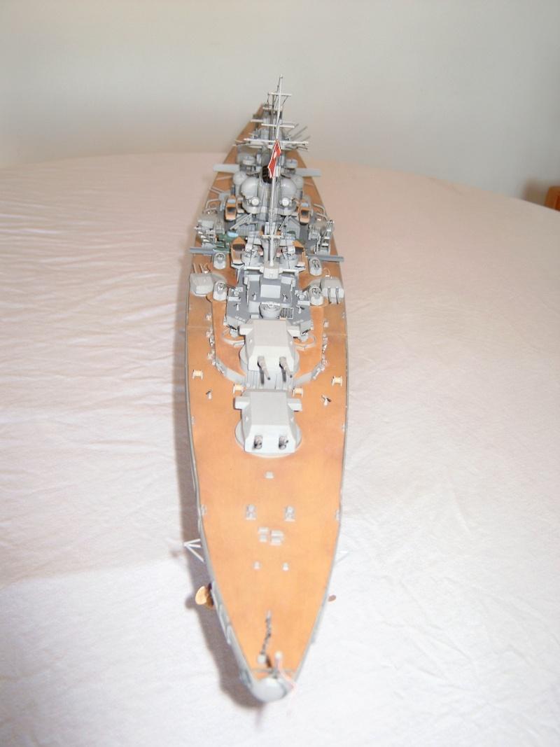 Cuirassé Bismarck 1.350ème - Tamiya 9_bism10