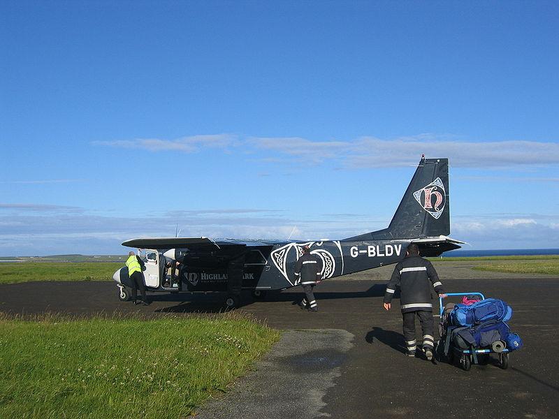 Westray-Papa Westray : plus courte ligne aérienne régulière 800px-11