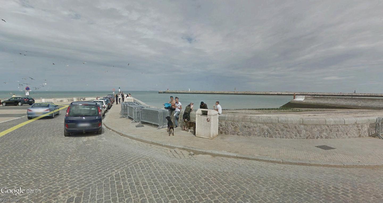 STREET VIEW : 2 sens de circulation = 2 saisons différentes vues de la Google Car ! [A la chasse !] - Page 2 Calais10