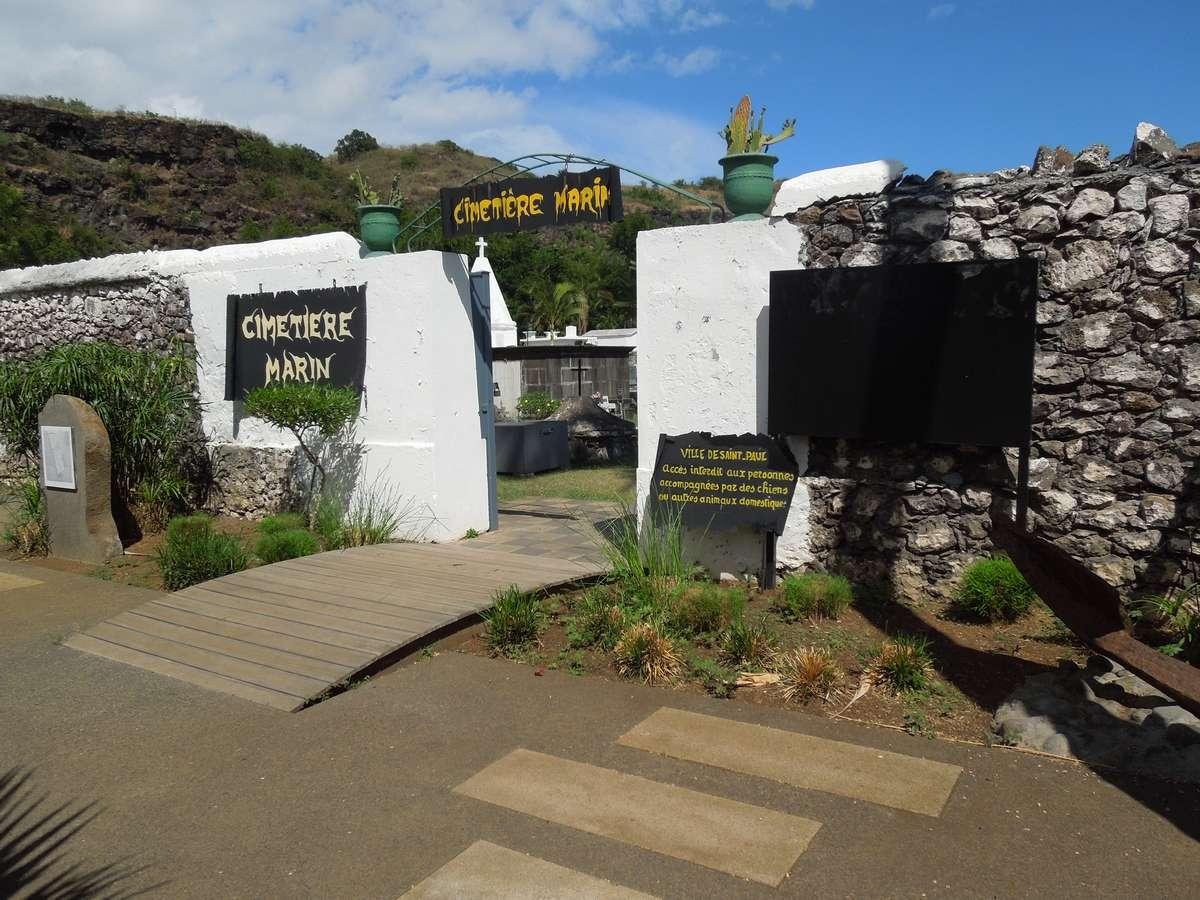Le cimetière marin de Saint-Paul, la Réunion Dscn7410