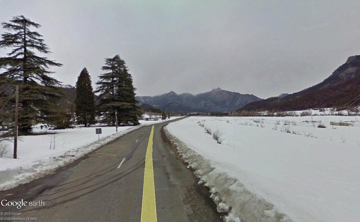 STREET VIEW : 2 sens de circulation = 2 saisons différentes vues de la Google Car ! [A la chasse !] - Page 2 La_mot10
