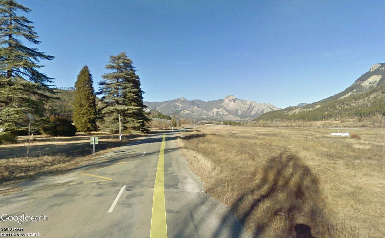 STREET VIEW : 2 sens de circulation = 2 saisons différentes vues de la Google Car ! [A la chasse !] - Page 2 La_mot12