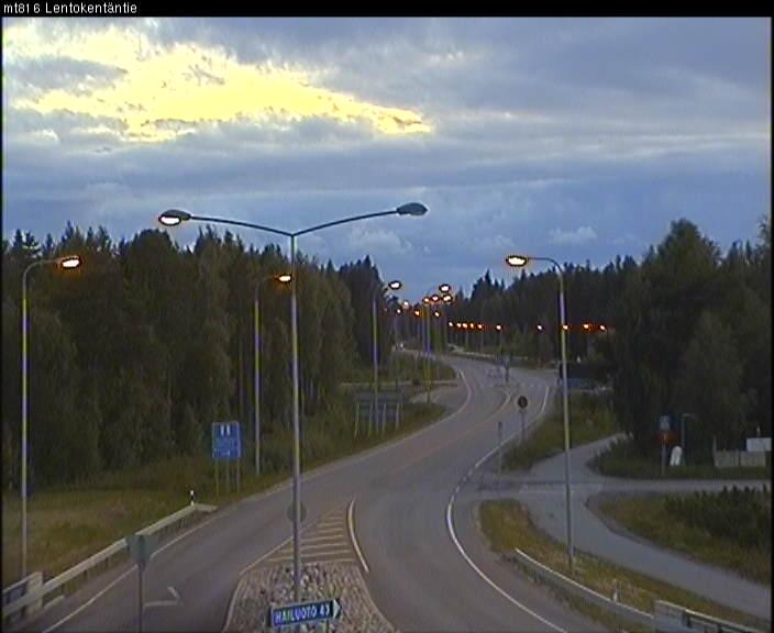[Finlande] - Näätämö : du soleil de minuit à la nuit polaire - Page 2 Oulu_510