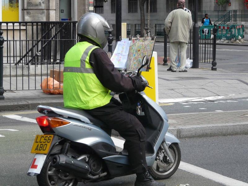 quelques curiosités anglaises Scoot110