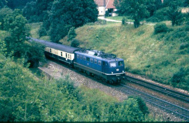 Die E-Lok Baureihe 110 / E10 der DB 110_1810