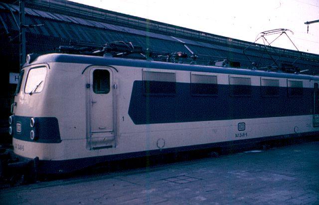 Die E-Lok Baureihe 141 / E41 der DB, der Knallfrosch 141_2411