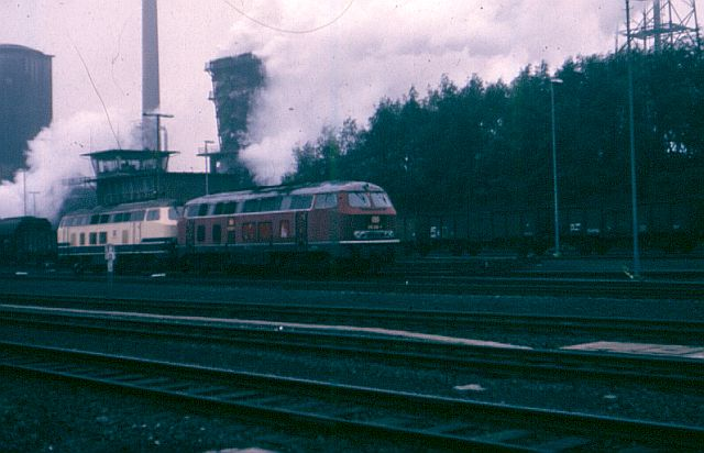 Die V160-Familie, Baureihe 210-219 der DB 215_0110