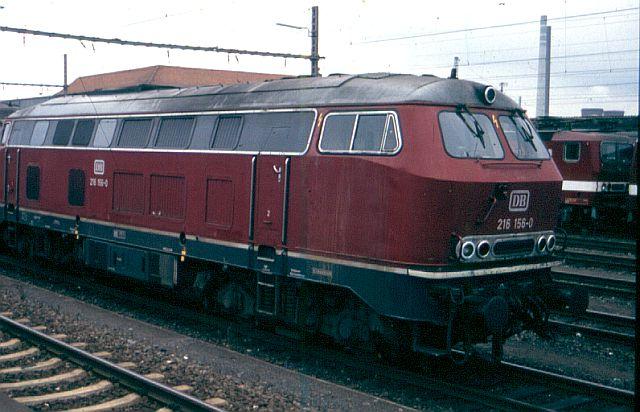 Die V160-Familie, Baureihe 210-219 der DB 216_1510