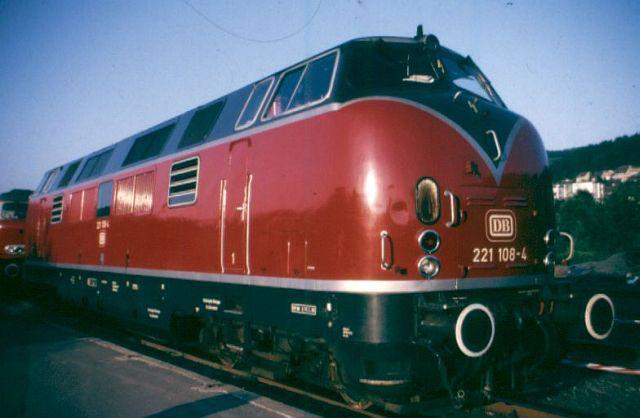 Baureihe 221 / V200.1 der DB 221_1010