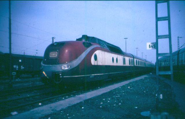 Baureihe VT11.5 = 601 DER TEE 60101110