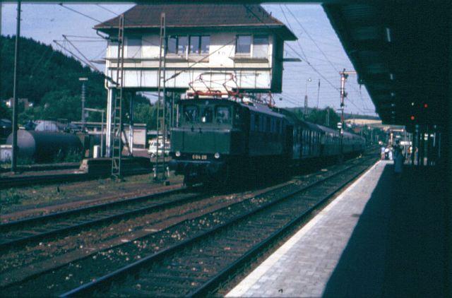 Die E-Lok Baureihe 104 / E04 der DB E_04_212
