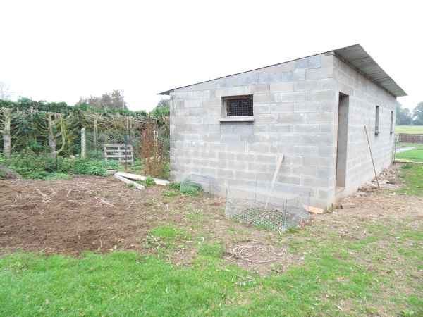 House and railway for sale New_ho14