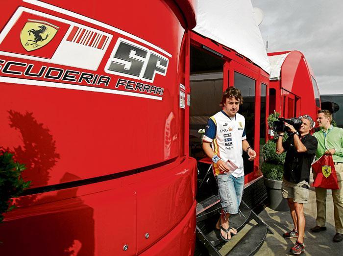 Alonso chez Ferrari Arton211