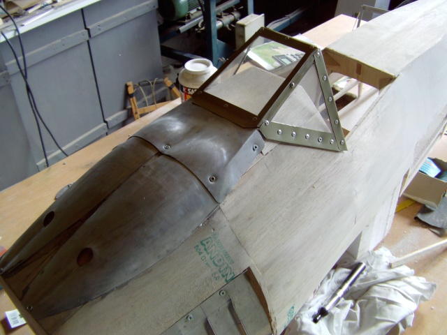 Construction du Fockewul 190 de Karl Achenbach - Page 4 Imag0048