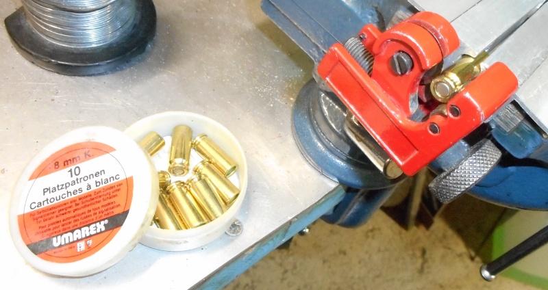 fabrication de cartouches a broche pour révolvers  Dscn2510