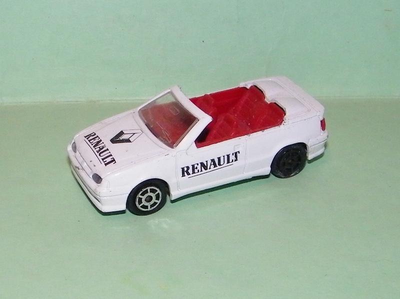 N°225 Renault 19 cabriolet 225_r110