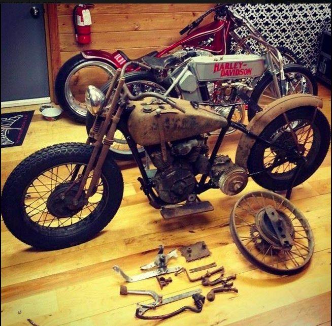 Les vieilles Harley....(ante 84) par Forum Passion-Harley - Page 22 Captu199