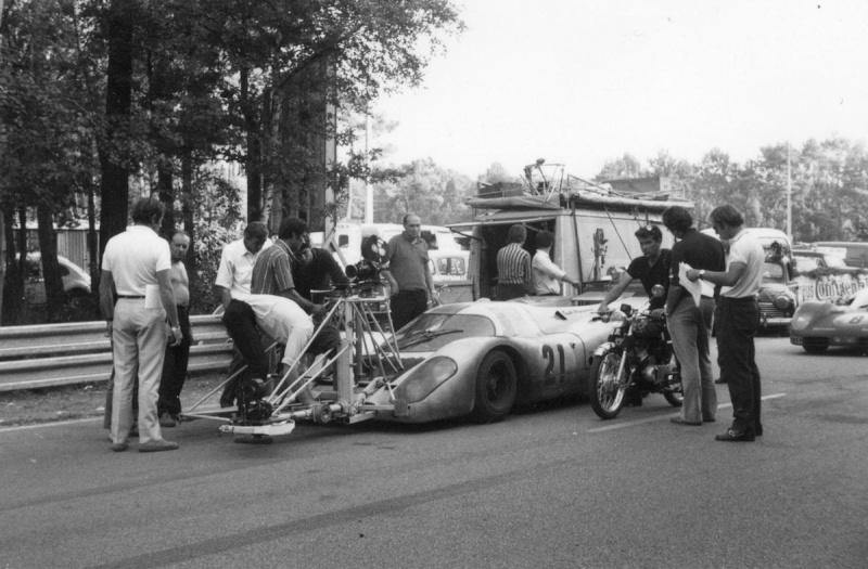 Porsche 917 ça vous cause ? - Page 4 20498-10