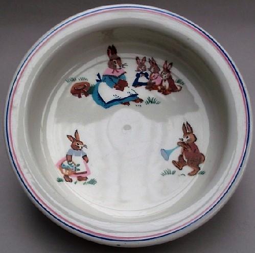 Crown Lynn Bunny Cup and Saucer Bunnie10