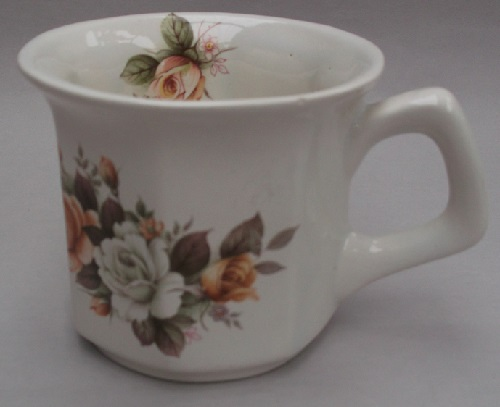 Clay Craft cup with roses decal Dscf2613