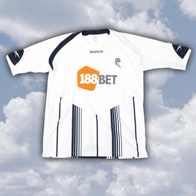 <•> Les Maillots 2009-2010 <•> Shirts10