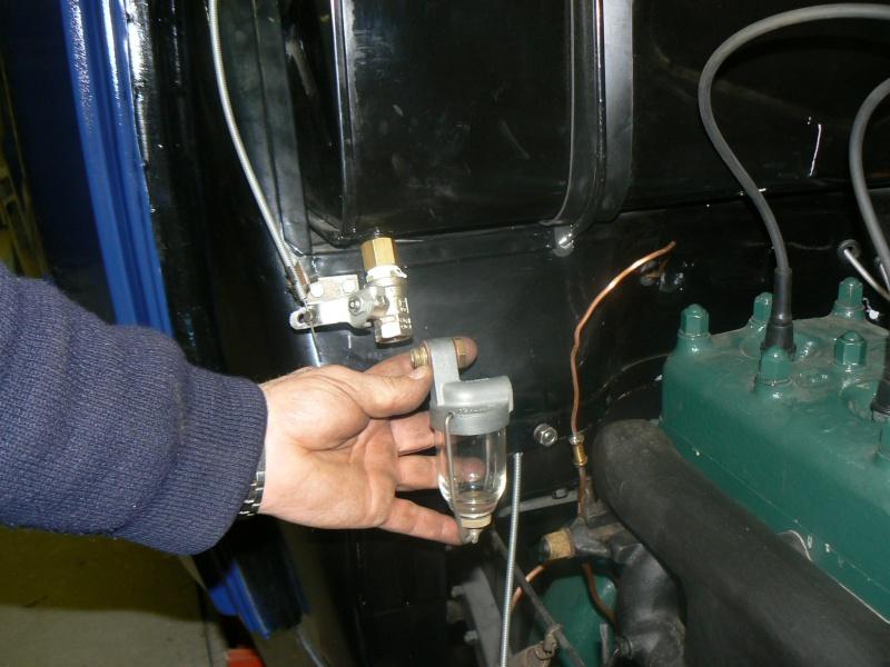 des idees pour un robinet d'essence Rosalie 8 P1080111