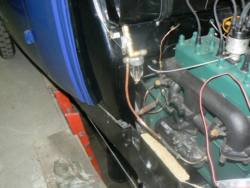 des idees pour un robinet d'essence Rosalie 8 P1080112