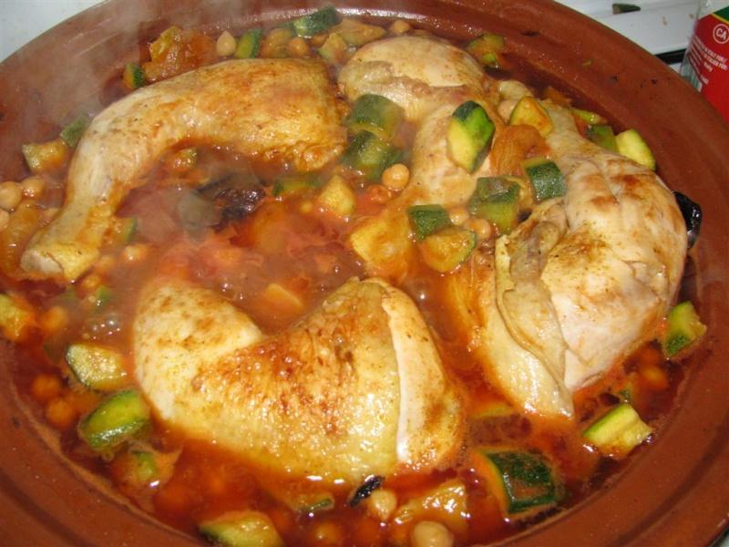 tajine poulet ! miammmm Img_2419