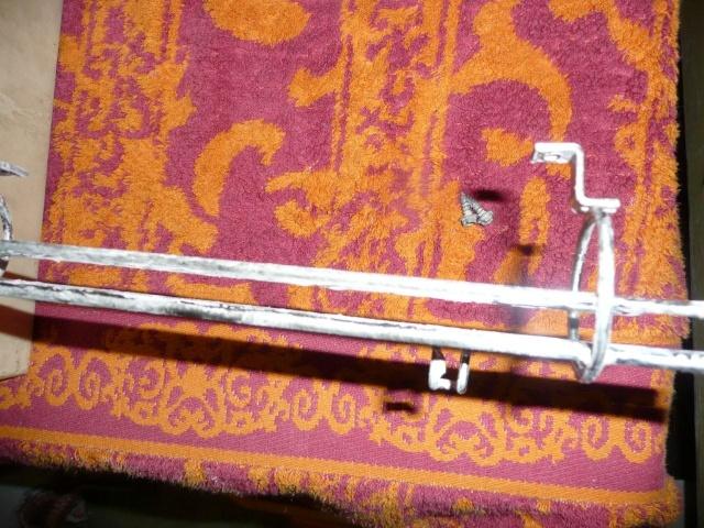 Comment nettoyer faire briller des rails ou rampe en métal P1040225
