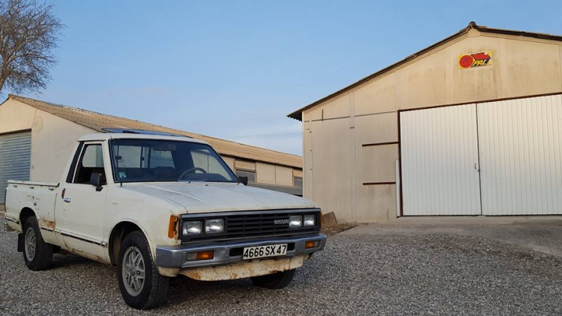 DATSUN PICK UP 720  2WD Version US 2.4L es de 1984  10399110