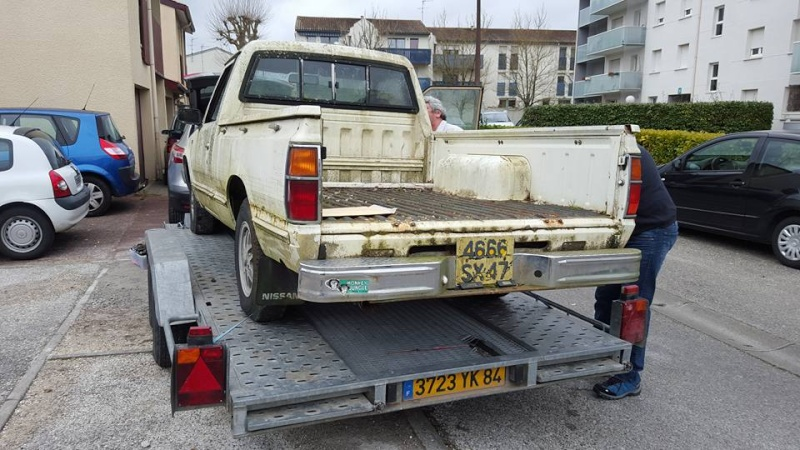 DATSUN PICK UP 720  2WD Version US 2.4L es de 1984  12715210