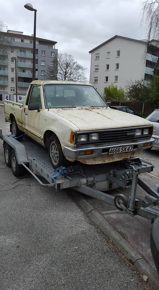 DATSUN PICK UP 720  2WD Version US 2.4L es de 1984  12728810