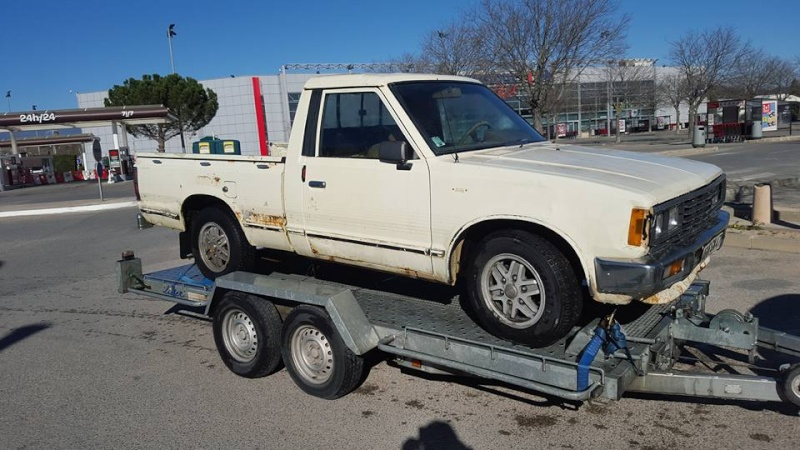 DATSUN PICK UP 720  2WD Version US 2.4L es de 1984  12741810