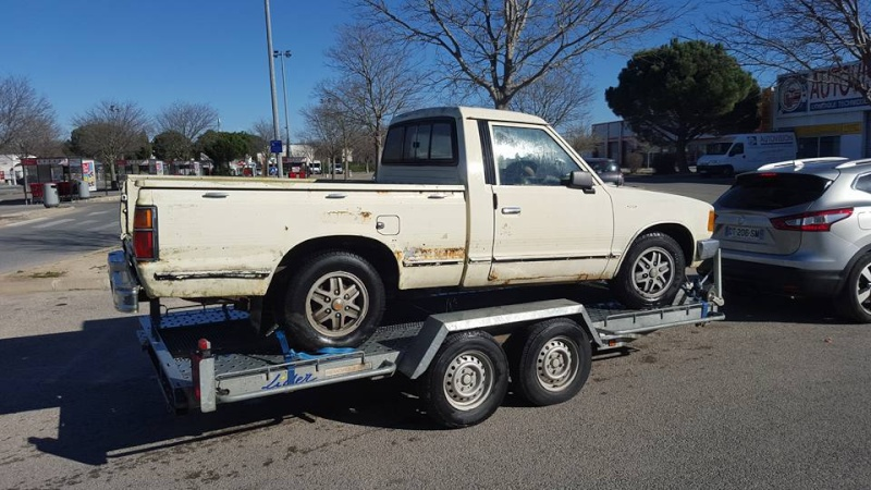 DATSUN PICK UP 720  2WD Version US 2.4L es de 1984  12743810