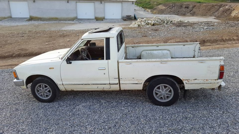 DATSUN PICK UP 720  2WD Version US 2.4L es de 1984  12799310