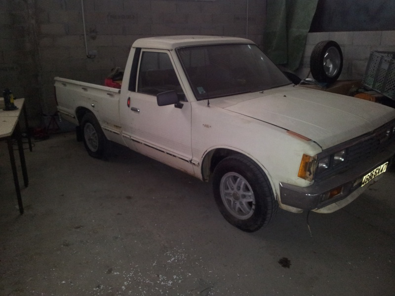 DATSUN PICK UP 720  2WD Version US 2.4L es de 1984  20121110