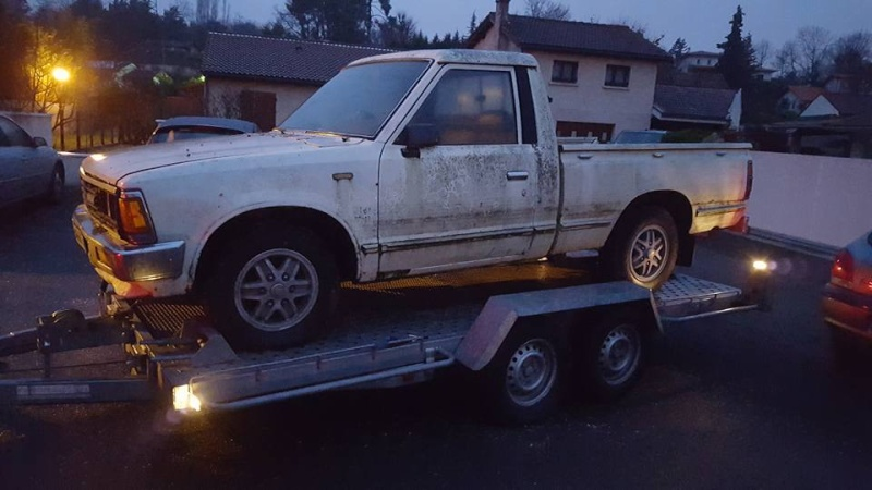DATSUN PICK UP 720  2WD Version US 2.4L es de 1984  9872_110