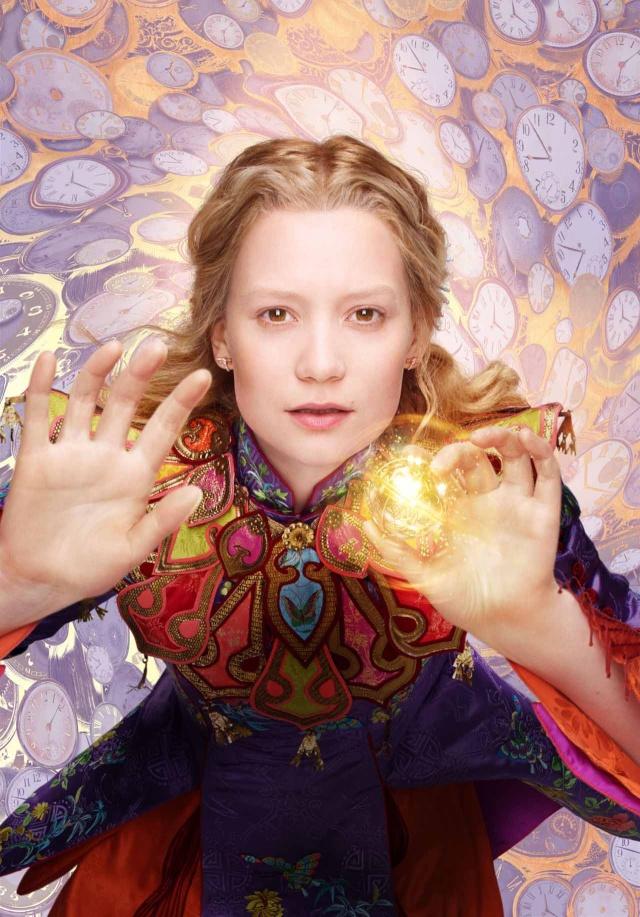 Alice de l'autre côté du miroir Alice-12