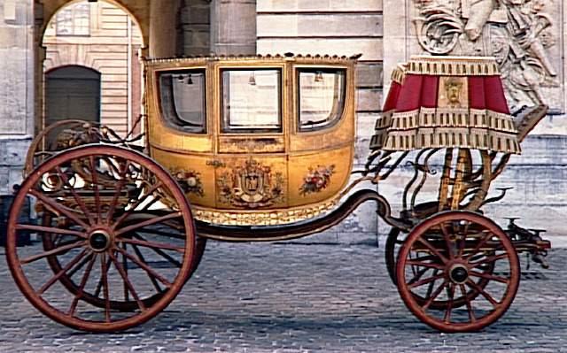 Enfin !   Réouverture de la Galerie des Carrosses à Versailles 15228310