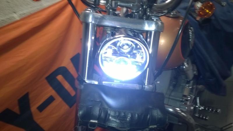 Transformation éclairage et look DYNA Superglide FXDC Wp_20113