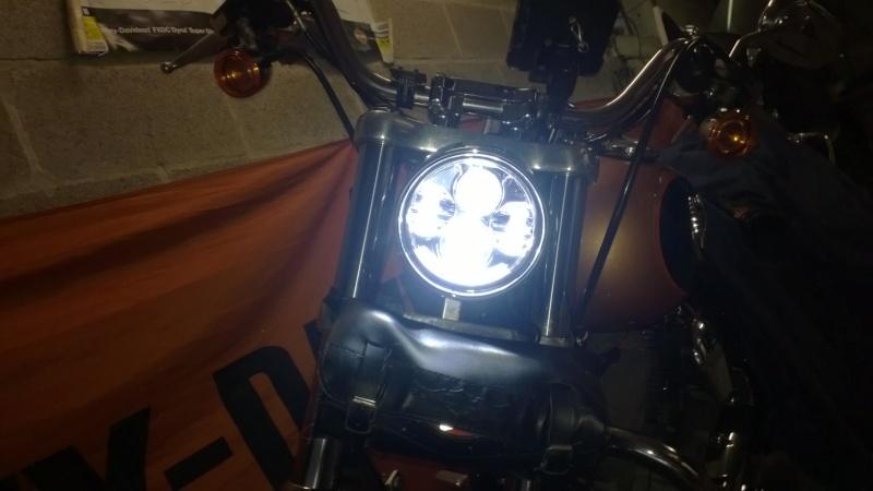 Transformation éclairage et look DYNA Superglide FXDC Wp_20114