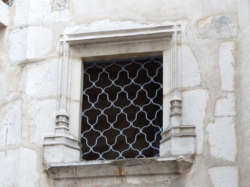 [Fil ouvert ] Fenêtres, volets, ouvertures... P1040216