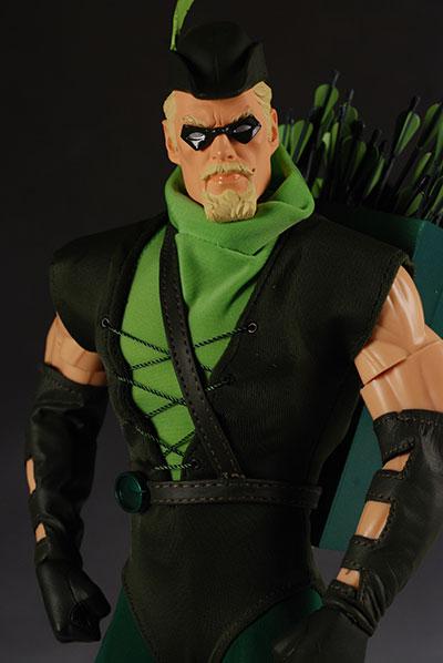 DC DIRECT: GREEN ARROW, FLASH, MANHUNTER, SHAZAM!, AQUAMAN  Green_11