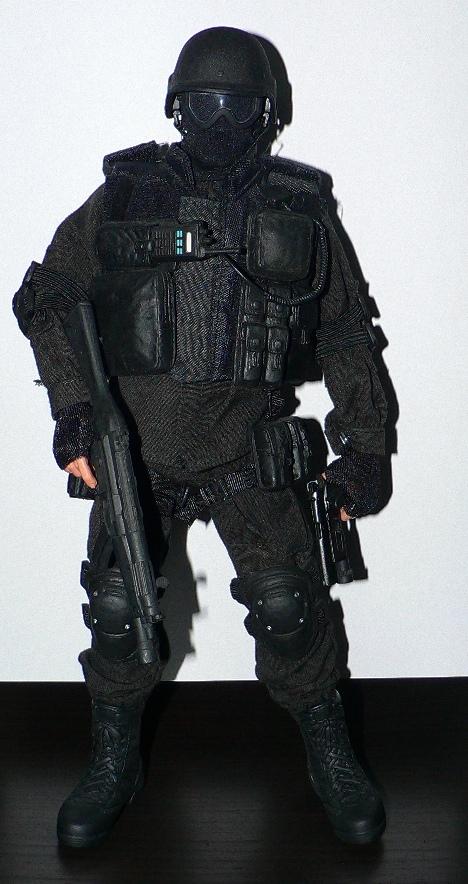 DRAGON: SWAT 12 INCH FIGURES Wwii10