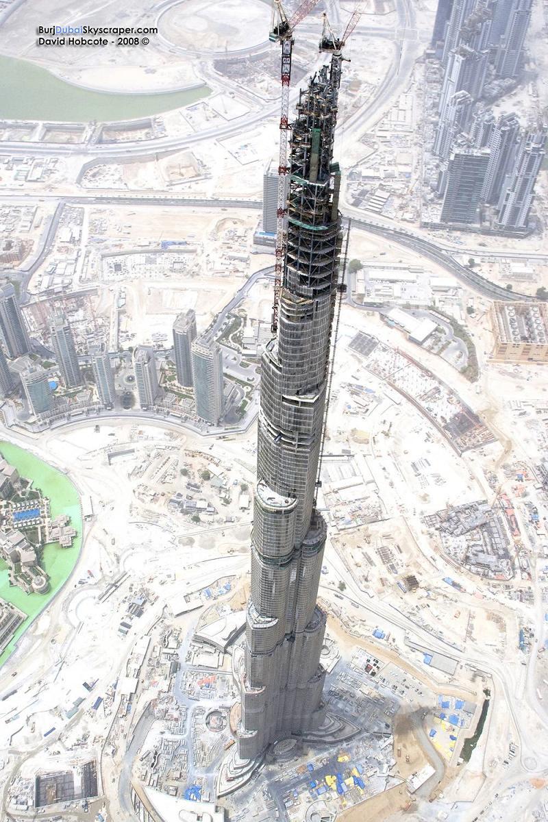Recherche grutier à Dubai: voir photo Grue10