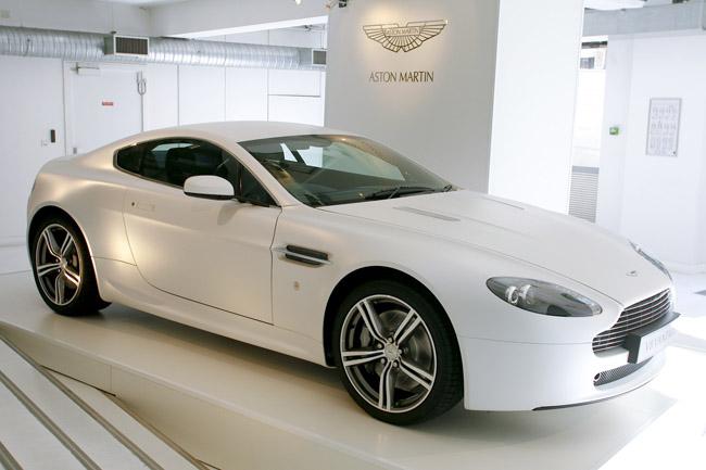 Aston Martin 28284a10