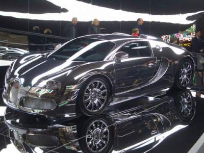 Les Bugatti 400x3010