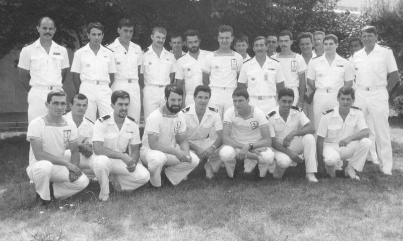 [Les écoles de spécialités] ÉCOLE ÉLECTRONICIENS DE BORD 198510