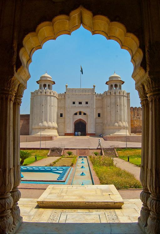 où suis  - je  - ajonc- 14 février trouvé par Martin Lahore10